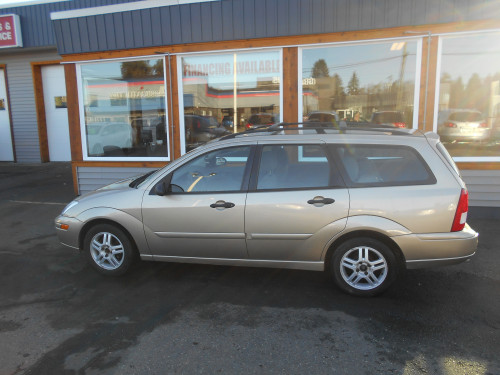 Pre-Owned 2001 Ford Focus Wagon